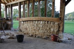 Fournil et four pain traditionnel les tapes de la construction - Monter un mur en pierre a la chaux ...